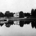 """Villa connue sous le nom """"Vieux Nivezé""""."""