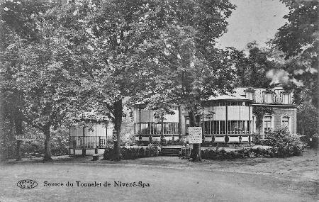 1933 : La source du Tonnelet (carte postale)