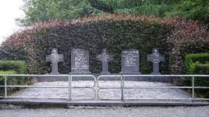 Stèles de l'Armée secrète à Bronromme