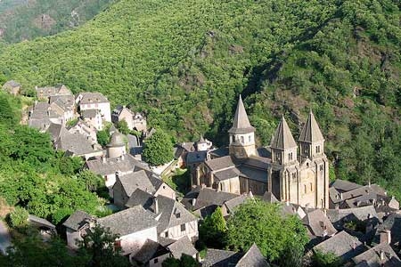 Le village de Conques et son abbatiale