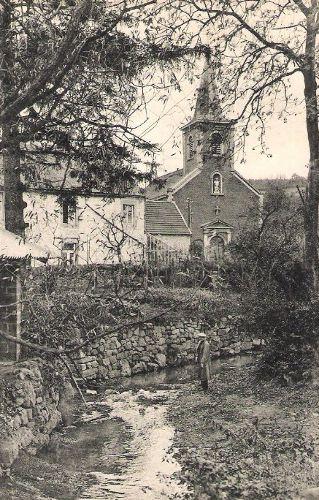 L'église et le presbytère de Winamplanche (carte postale)