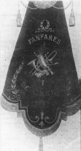 Bannière de la fanfare de Creppe  (Extrait de « Creppe sur la voie du temps passé », P. Gendarme – J. Lohest)
