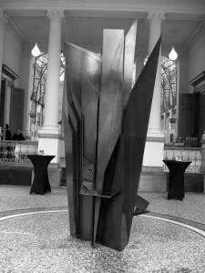 La nouvelle fontaine d'art contemporain du Pouhon Pierre Le Grand.