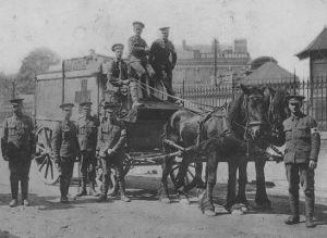 Attelage ambulance - soldat anglais