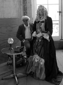 Des personnages en habit d'époque, dont une « comtesse anglaise », évoquèrent ce qu'était la vie des « bobelins » à l'époque de la grandeur du Waux-Hall.
