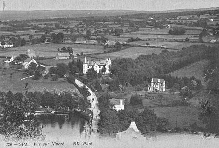 1920 : Vue sur le village de Nivezé (carte postale)