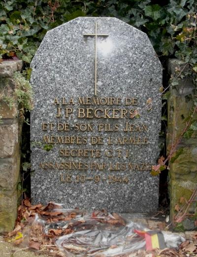 Stèle actuelle élevée à la mémoire de Jean-Pierre Beckers et de son fils Jean