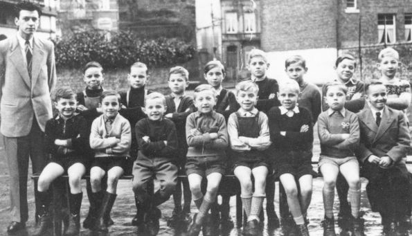 Photo des élèves de 3e année de M Chaballe en 1952