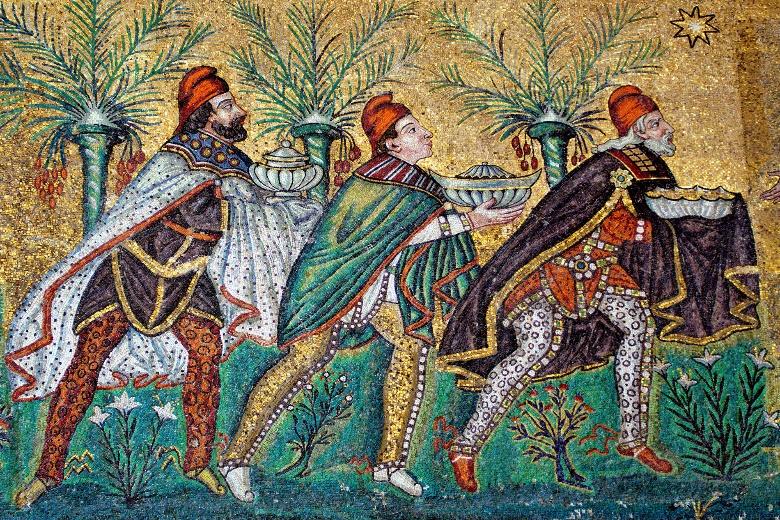 Représentation des rois mages Mosaïque de la Basilique de Ravenne (Italie) début IVe siècle