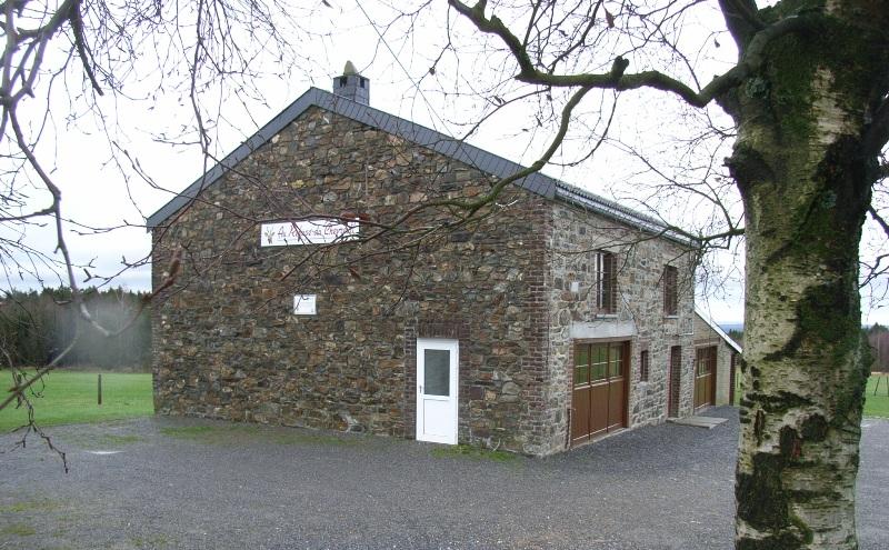 Refuge du chevreuil. Ancienne ferme Langen incendiée par les Allemands le 10 septembre 1944